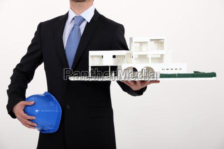 architetto con un modello di sviluppo