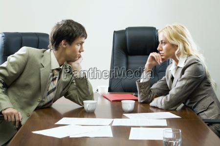 negoziati tense