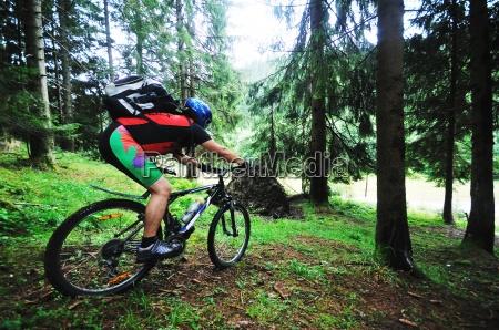 supporto delluomo della bici esterno