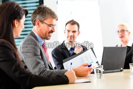 business meeting degli imprenditori