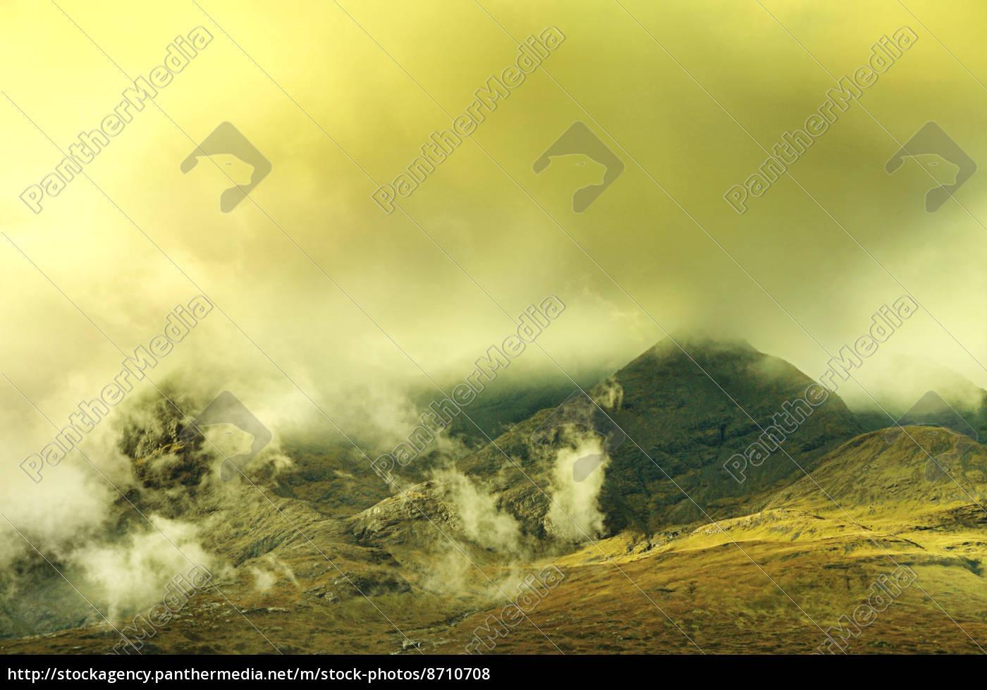 mystische, landschaft, -, berge, mit, wolken - 8710708