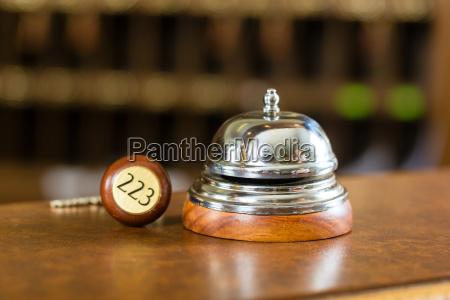reception hotel campana e chiave della