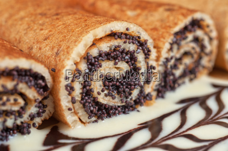 pancakes with poppy seeds