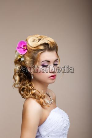 sogni desiderio riflessivo lusso bionda sposa