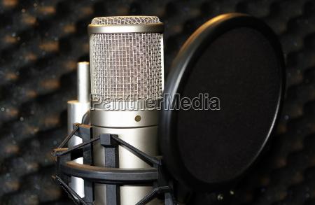 disco record microfono registrazione incisione studio