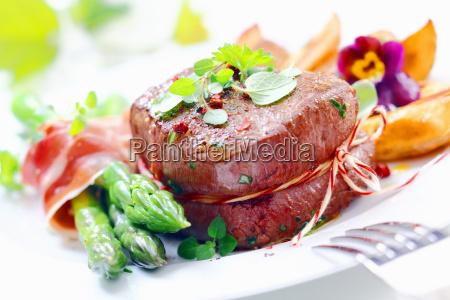 cibo marrone nuovo piatto gusto raro