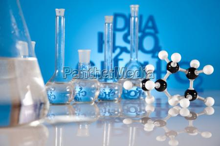 ricerca ed esperimenti laboratorio