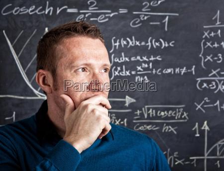 insegnante professore maestro educazione lavagna studente