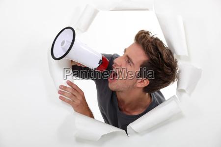adulto audio annuncio adulti ostinato annunciare
