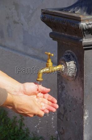 lavare le mani 11