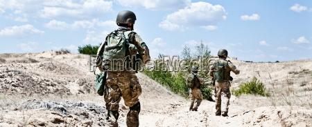 deserto esercito soldato pattuglia ronda marino