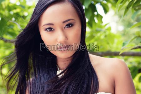 donna moda ritratto estate asiatico cosmetici