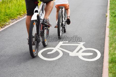 segnale bici e ciclisti