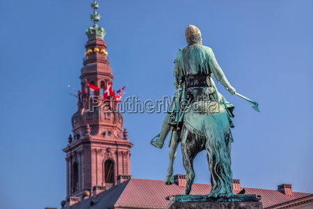 christiansborg castle and viking monument in