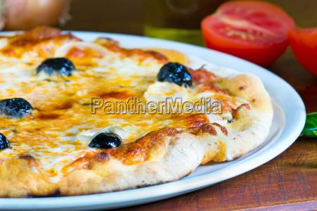 dettaglio di una pizza
