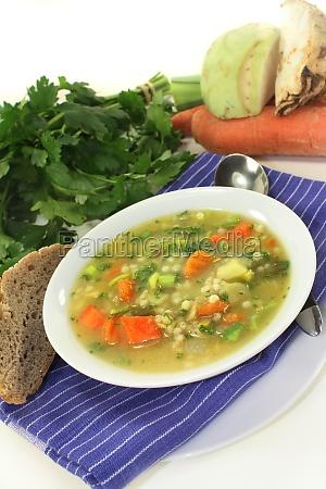 orzo minestrone cucina casalinga zuppa
