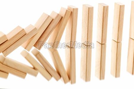legno fila cadere reazione specchio precipitare