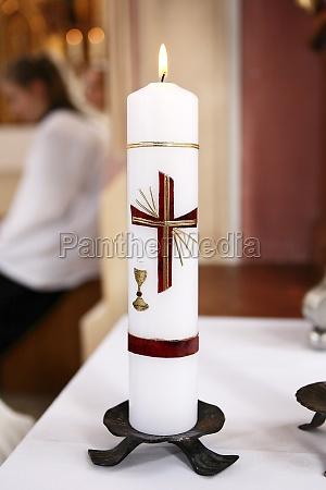 chiesa cappella candela candele ardente comunione