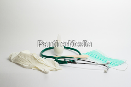 bambino neonato lattante catarro raffreddore stetoscopio