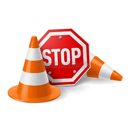 coni di traffico e rosso segnale