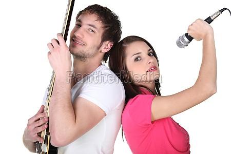 divertimento elettrico corda acustico banda gruppo