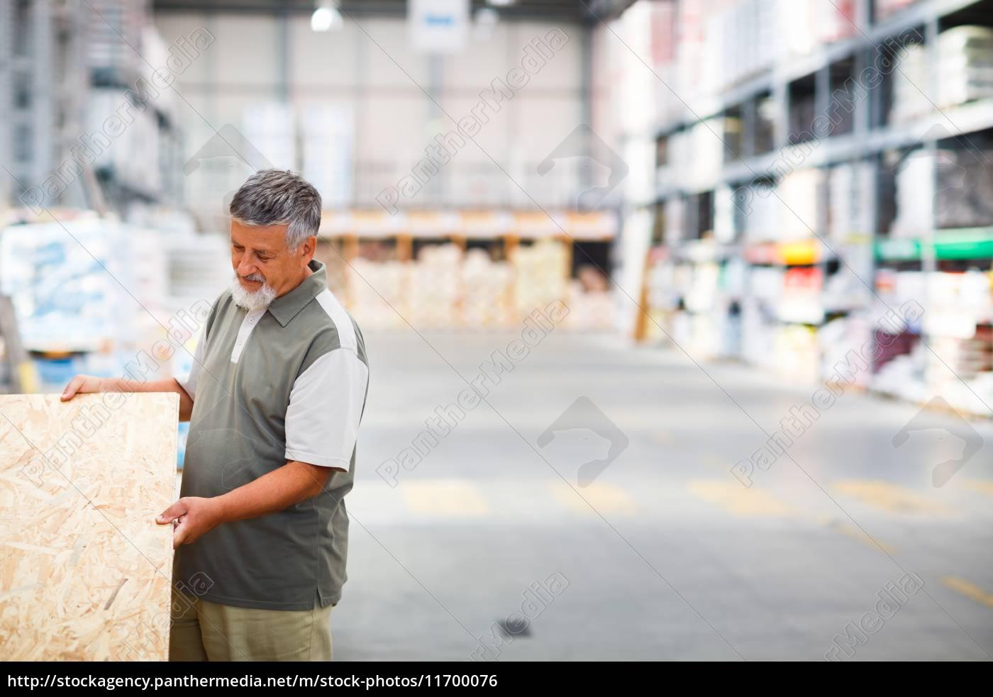l'uomo, l'acquisto, di, costruzione, in, legno - 11700076