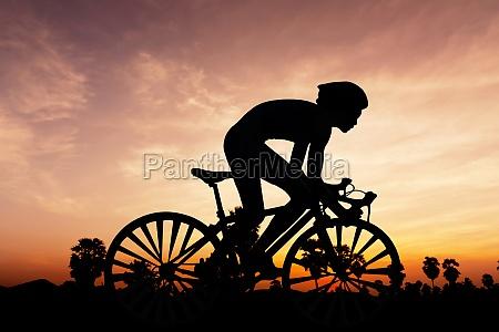 sera silhouette crepuscolo ciclista bicicletta ciclismo