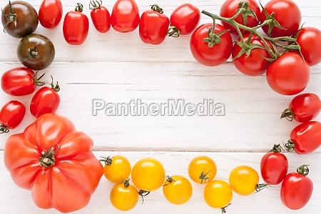 telaio di pomodori colorati