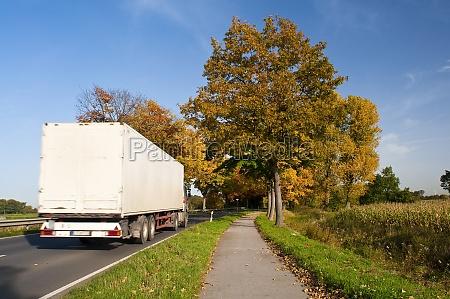 traffico auto veicolo mezzo di trasporto