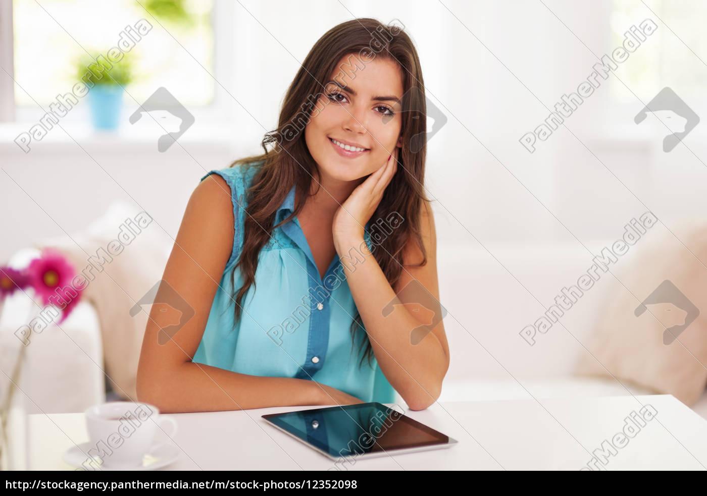 bella, donna, con, tablet, digitale - 12352098