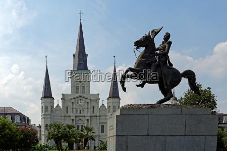 statua cattedrale stile di costruzione architettura