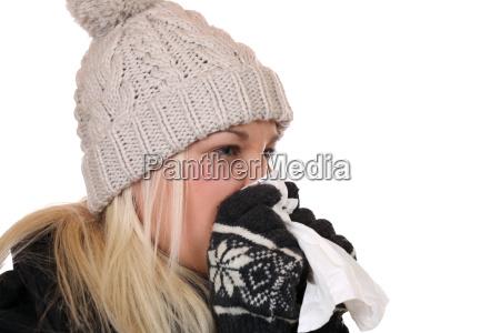 donna catarro raffreddore fazzoletto raffreddarsi influenza