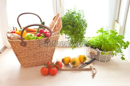 acquisto fresco dal mercato degli agricoltori