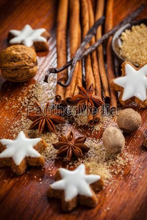 ingredienti di cottura e spezie