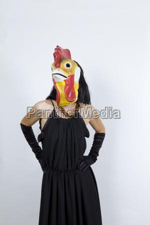 gallo in abito da sera