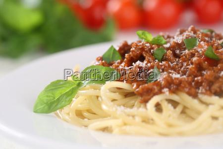 spaghetti alla bolognese pasta piatto con