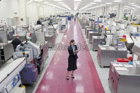 industria macchinario orizzontale fotografia foto fabbrica