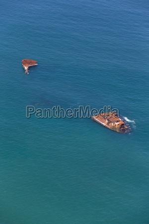 veduta aerea del carico naufragio nave