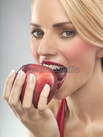 cibo mano salute primo piano close