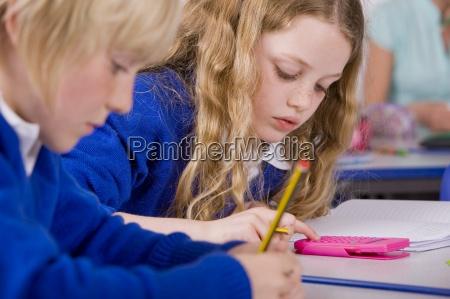 persone popolare uomo umano scrivere educazione