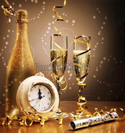 oro elegante del anyo nuevo todavia