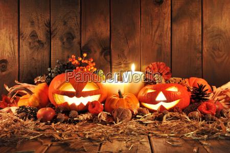 candela halloween paglia zucca tempo di