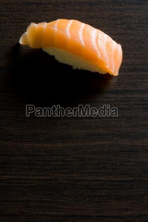 sushi maki salmone giappone giapponese