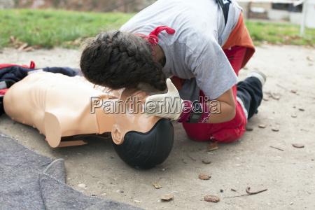 dottore medico formazione training guanti assistenza