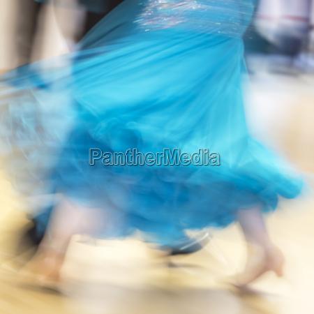 gonna movimento in movimento azione ballerino