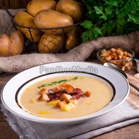cibo verdura carote prezzemolo minestre zuppa