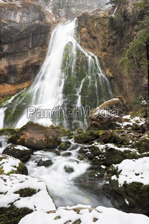 inverno alpi austria cascata prealpino
