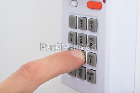 sistema di chiavi elettroniche per bloccare