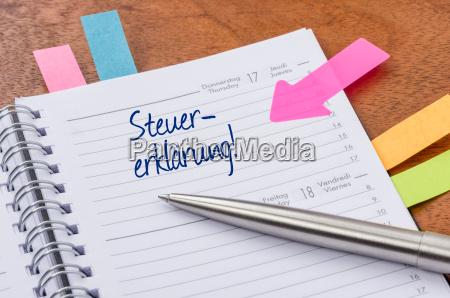 calendario appuntamenti con adesivo dichiarazione