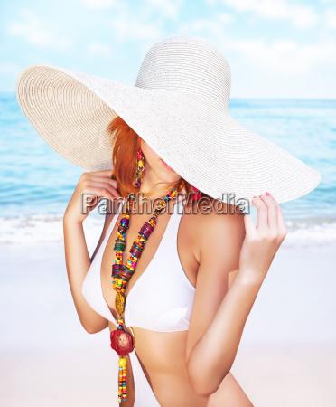sexy frau am strand